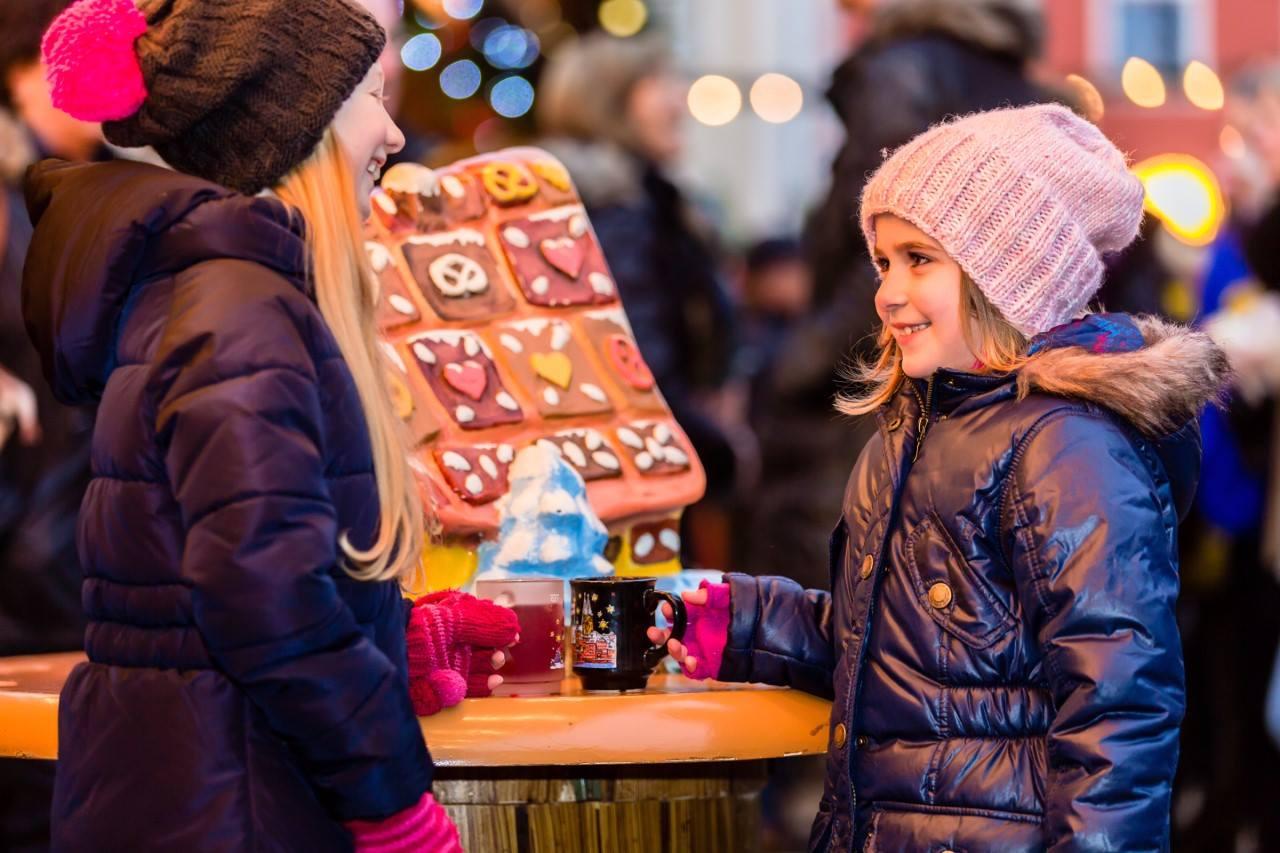 lola's christmas market iels malta
