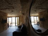 Caverna Style Room